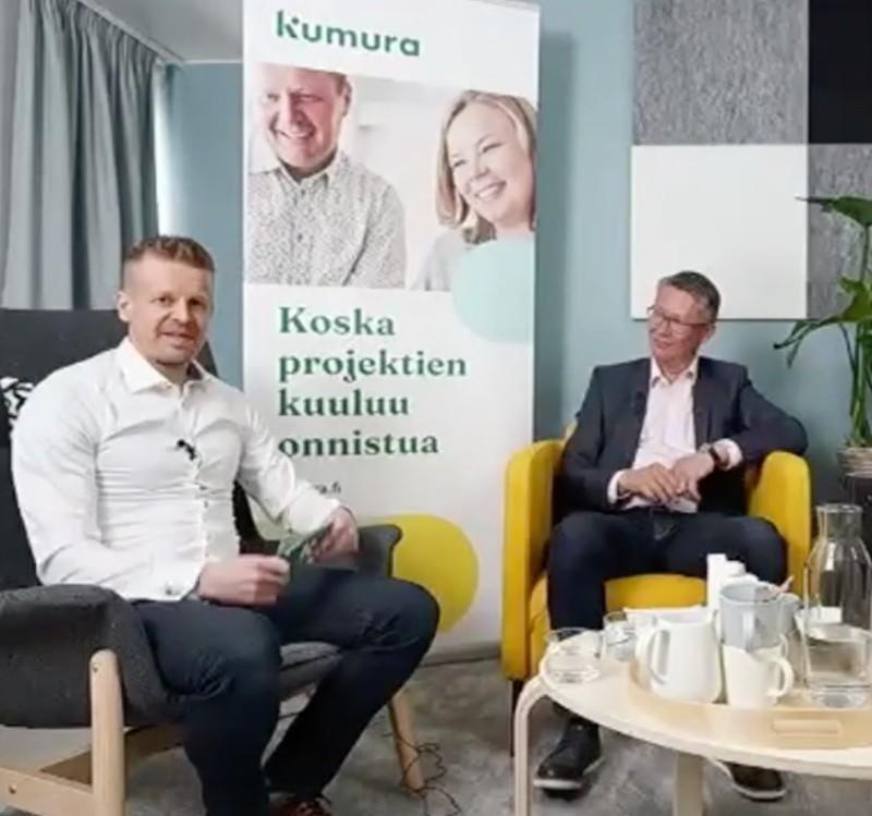 Kuvassa Mikko Saastamoinen ja Mikko Parikka webinaarissa